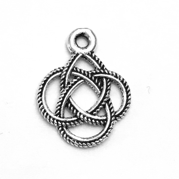 Sterling Silver Charm Pendant Celtic Braid 15 mm 0.6 gram