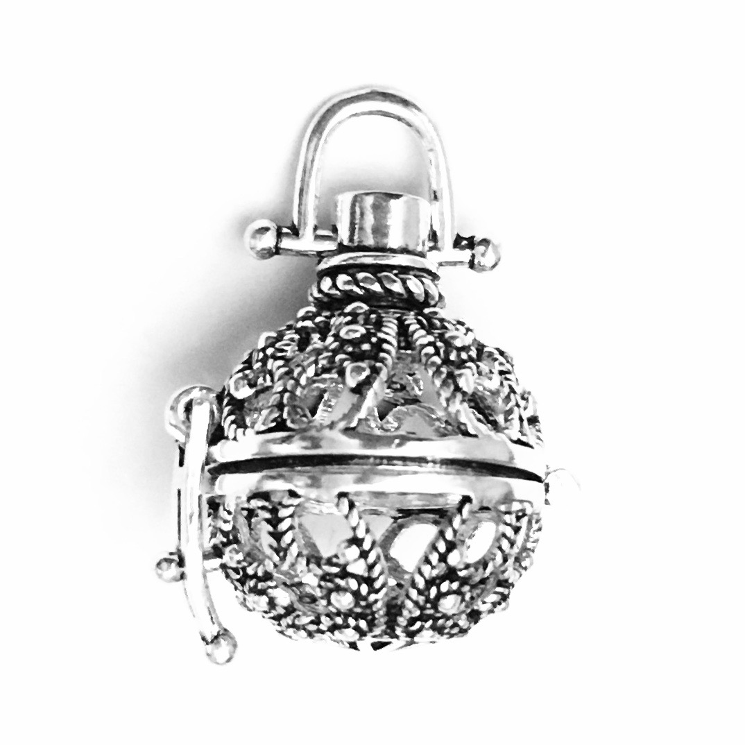 Turkish Sterling Silver Perfume Diffuser Locket 24 mm