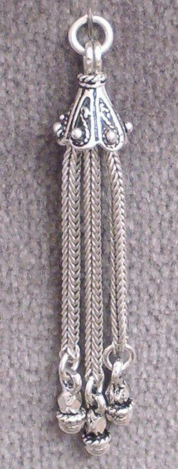 Sterling Silver Tiny Tassel 45 mm 3 gram